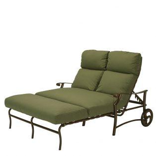 Tropitone Montreux aluminum double chaise lounge with wheels
